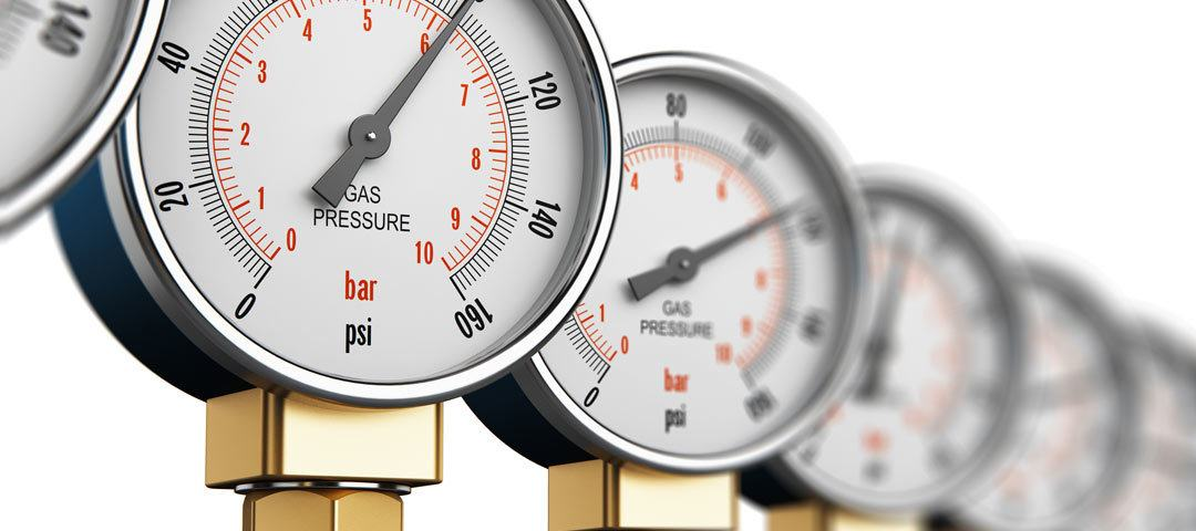 Pressure gauges in a row